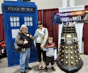 01 tardis and dalek